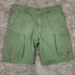 Nike Mens 32 Medium Flat Front Cargo Shorts